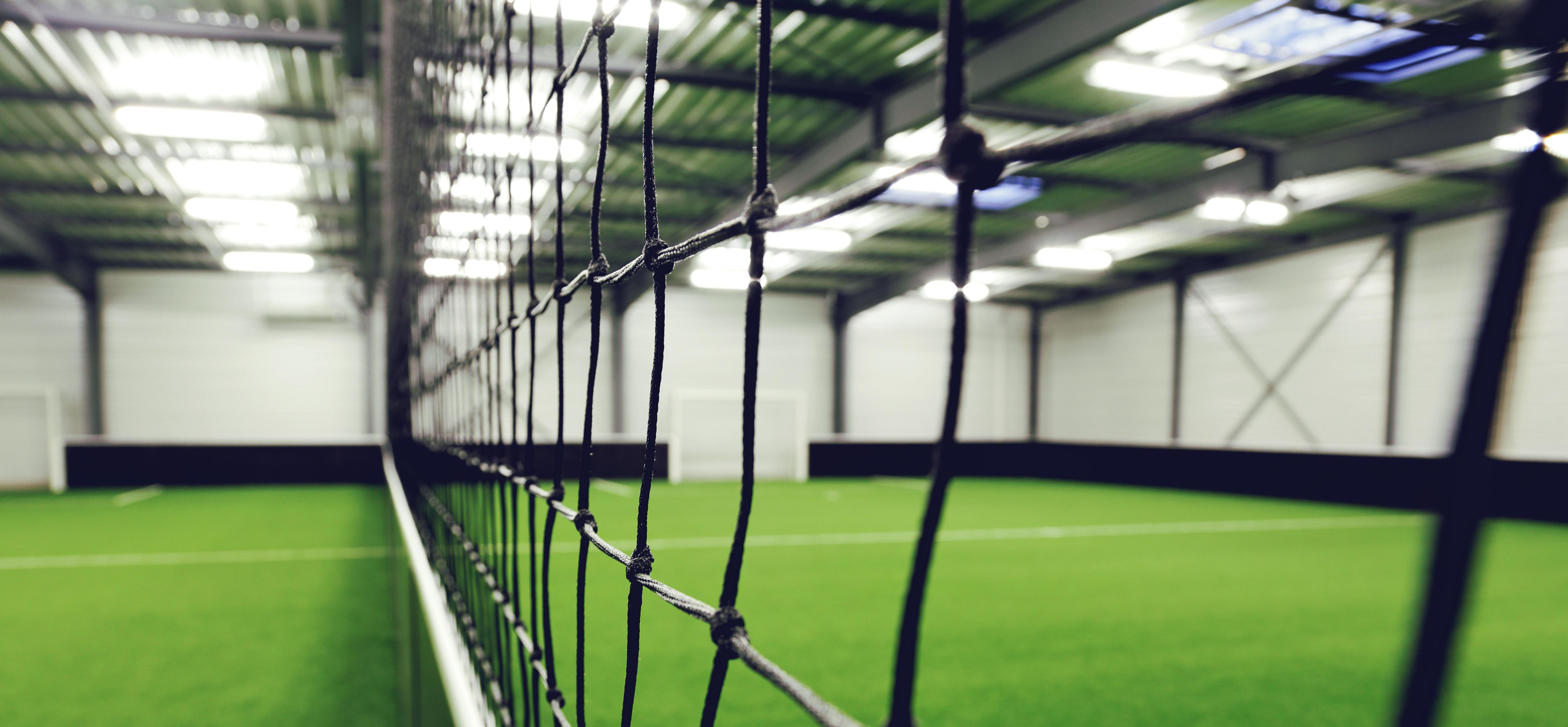 Illuminazione sport indoor risparmio energetico